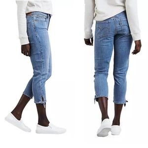 Levi's Straight Crop Jeans red tab